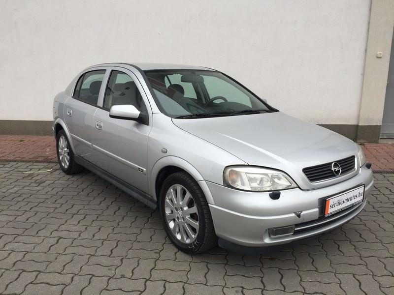 Opel Astra 1.7 DIT sérülésmentes használtautó - Használt autók